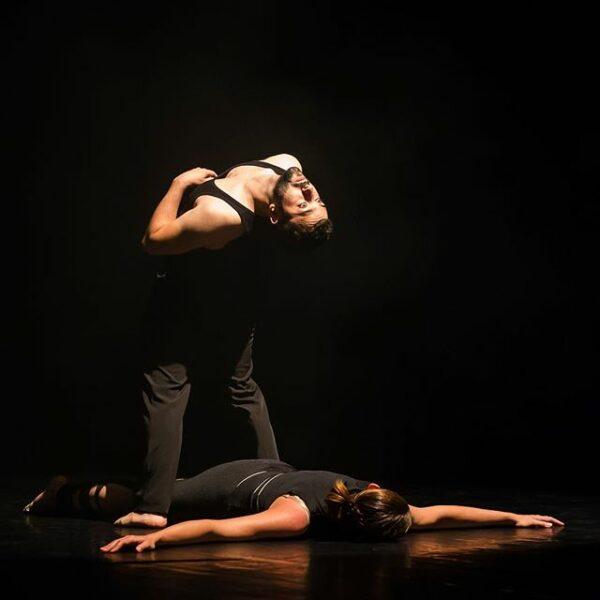 En Mouvance -Duo -Des armes- Modern Cabaret