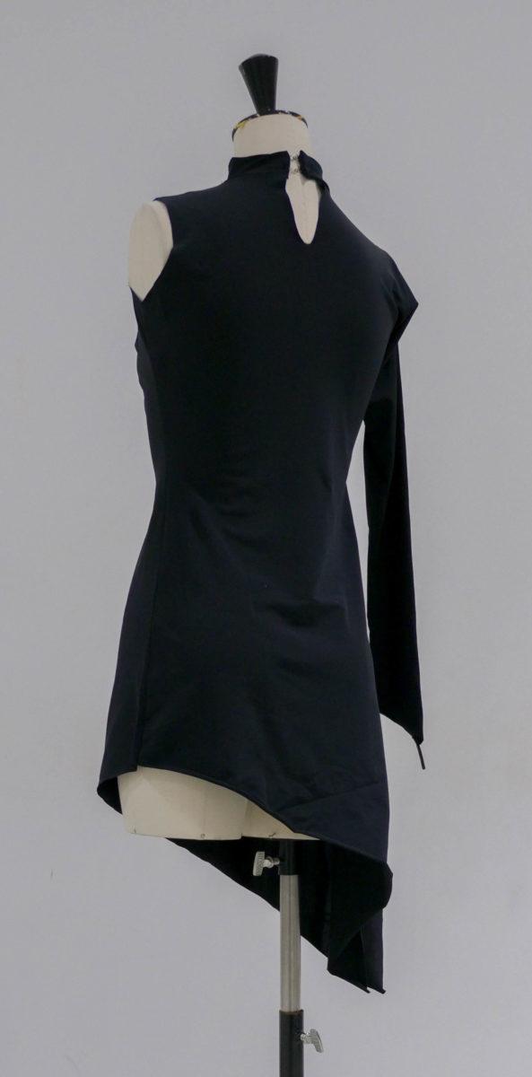 Robe noire lycra asymétrique-004-dos