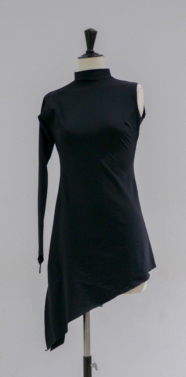 Robe noire lycra asymétrique-004-face