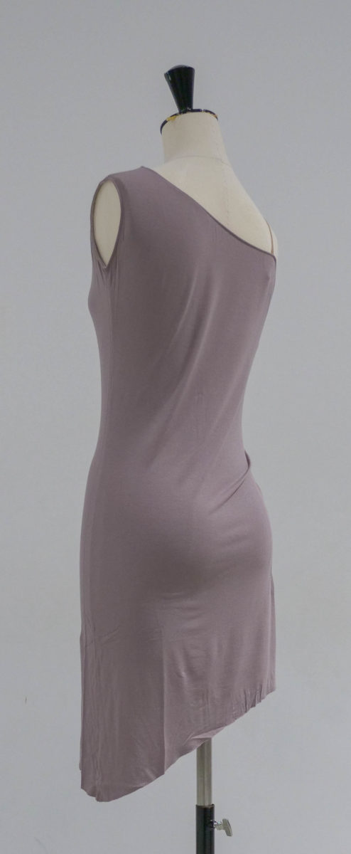 Robe taupe dos