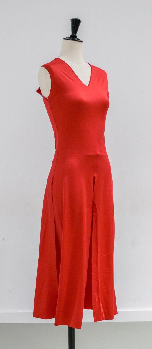 Robes rouges fendues (x6) 4