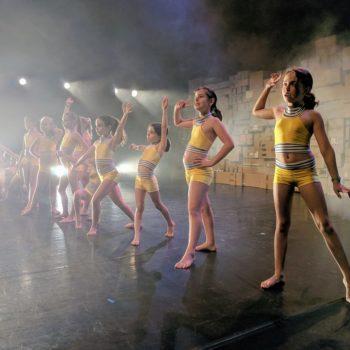 spectacle de danse cardboard