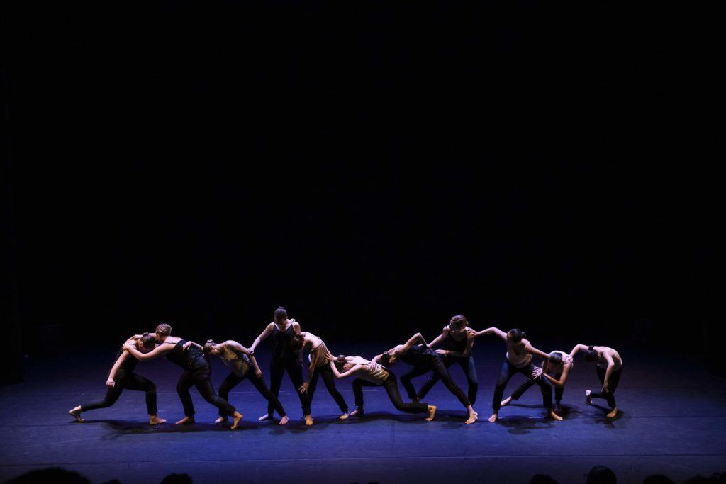 cours de dans pour les enfants - contemporain