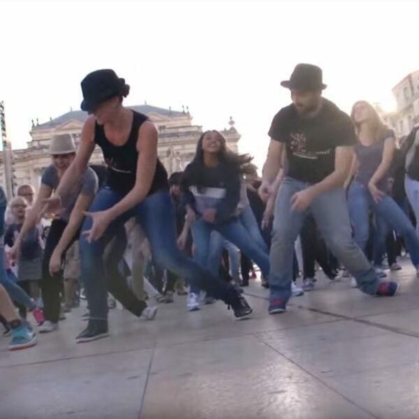 Flashmob place de la comédie