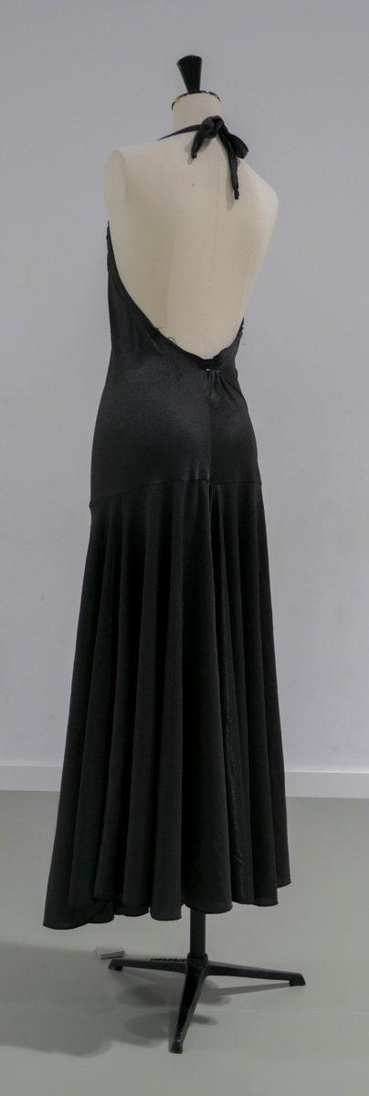 Robe longue noire 02 dos