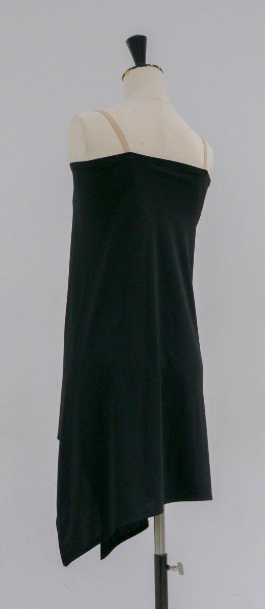 Robe noire brassière dos