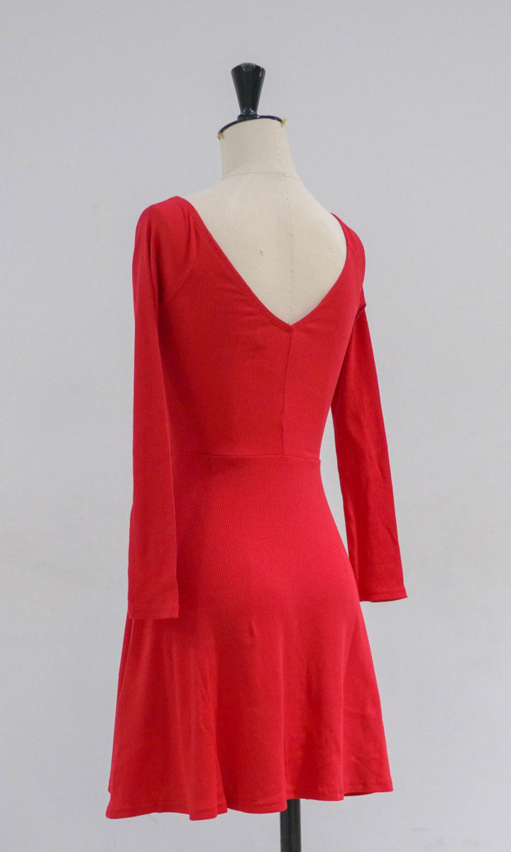 Robe rouge 02 dos