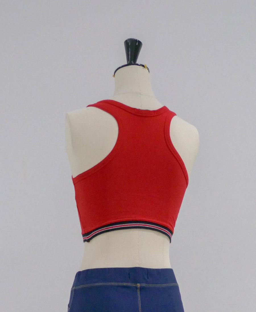 brassiere rouge dos
